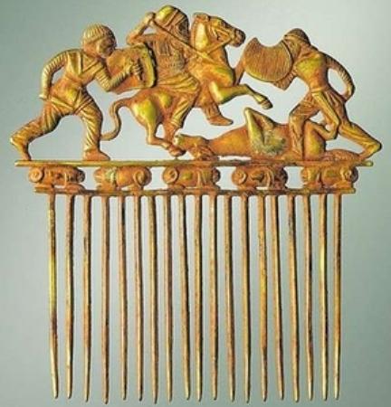 Гребень для волос. Золото. Из скифской коллекции Крыма.