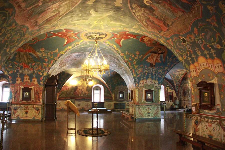 Успенская церковь. Все её внутренние помещения вырублены в скале.