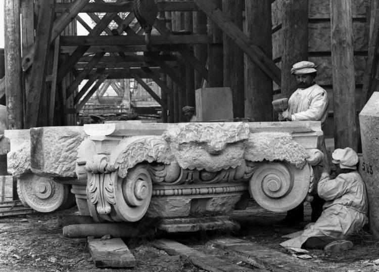 Gastarbeiter aus dem Osten bauen den reinen Ariern deren Reichstag um 1890
