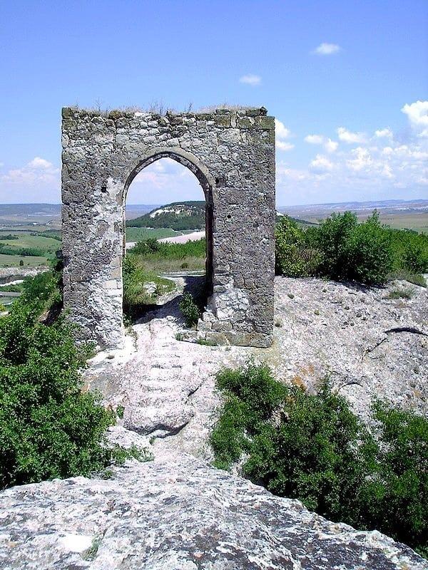 Крым. Башня Кыз-Кермен.
