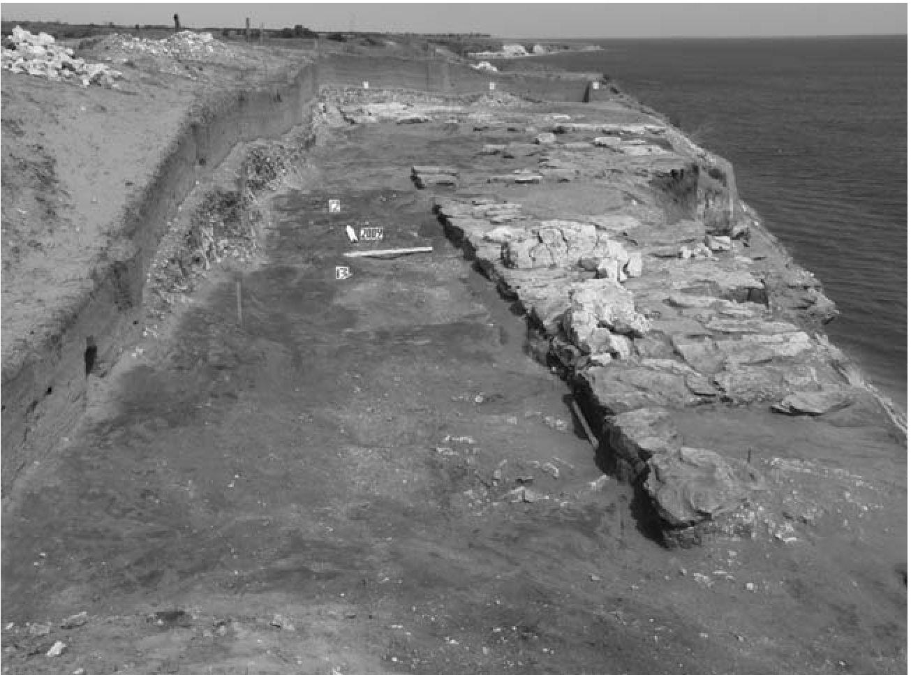 Крепость Саркел под слоями глины sibved