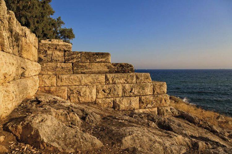 стены Афин