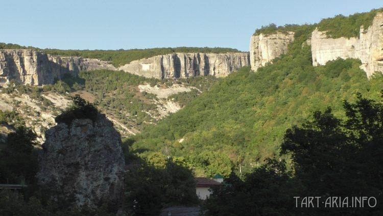 Окрестности Чуфут-Кале. Крым