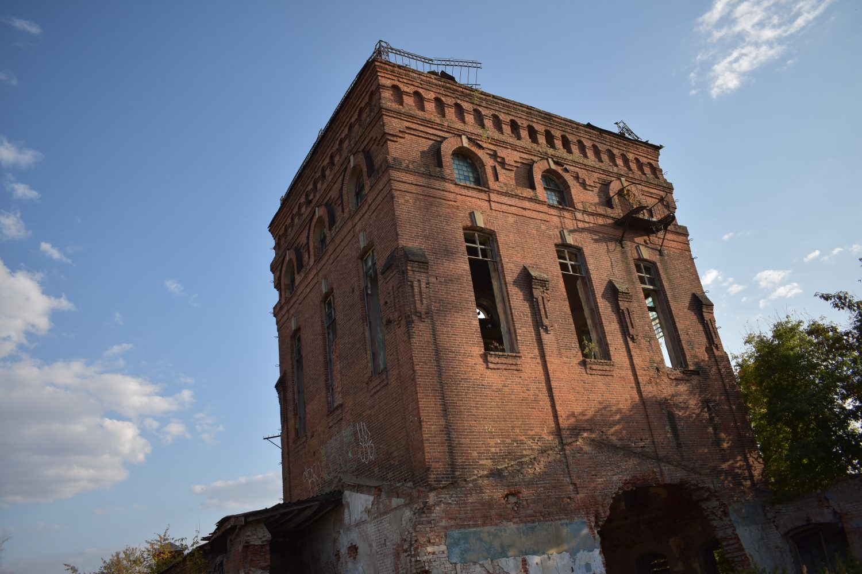Казённый винный склад. Второй корпус. Башня