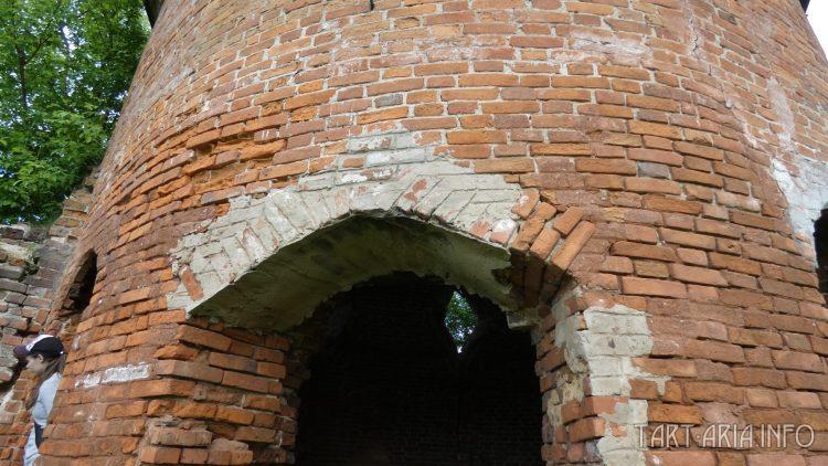 Сабуровская крепость. Восточная угловая башня